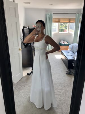 Roberta White Wedding Gown, Size 3/4 for Sale in Syosset, NY