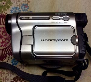 Sony handycam video camera. No battery. for Sale in Sycamore, IL