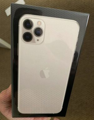 iPhone 11 Pro Max ///NEW SEALED 256gb for Sale in Sioux Falls, SD