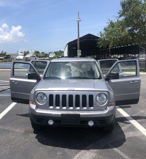 Jeep Patriot 2015. for Sale in Miami, FL