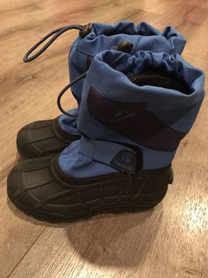Kamik kids snow boots size 11 for Sale in Covina, CA