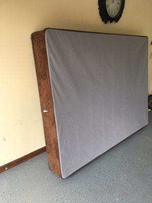 Queen size box spring for Sale in Fort Wayne, IN