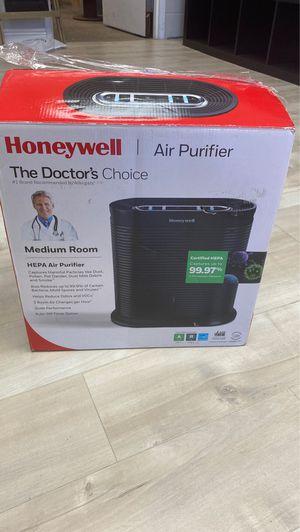 Honeywell HEPA Air Purifier for medium room - new in box for Sale in Menifee, CA