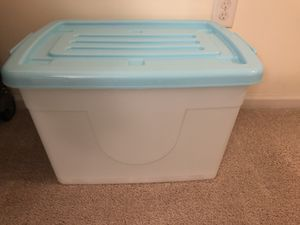 Plastic storage container for Sale in Jersey City, NJ