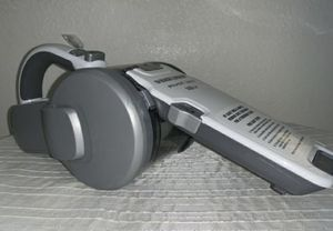 Black and Decker 18volt pivoting hand Vacuum for Sale in Las Vegas, NV