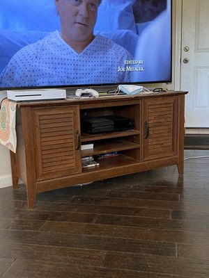 Tv stand for Sale in Oceanside, CA