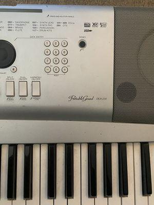 Yamaha DGX-230 Piano Keyboard for Sale in Kansas City, MO