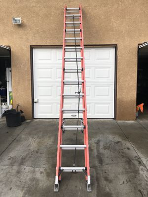Werner ladder 28' with 300 lbs load capacity for Sale in Spring Valley, CA