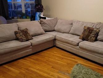 4-Piece Sectional Pull Out Couch with Full Bed and Chaise! for Sale in Clifton,  NJ