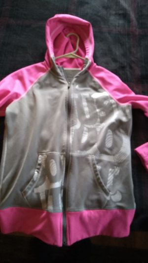 Nike therma-fit sweater size M for Sale in Towanda, PA