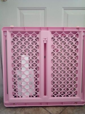 NEW PINK BABY OR PET STAIR GATE ~ PRESSURE MOUNT OR SWING GATE for Sale in Las Vegas, NV