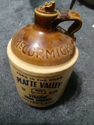 Antique Wisky Bottle for Sale in Los Angeles, CA