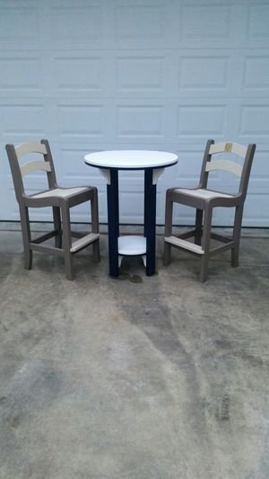 Poly hi top table with 2 chairs for Sale in Hanover, PA