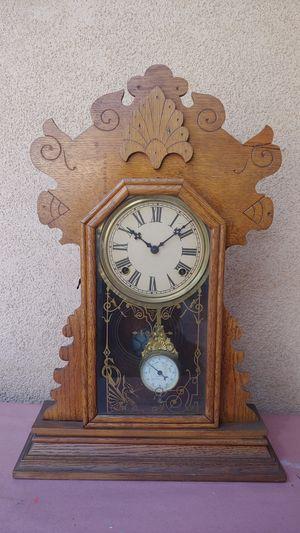 Antique Waterbury mantle clock, for Sale in Glendora, CA