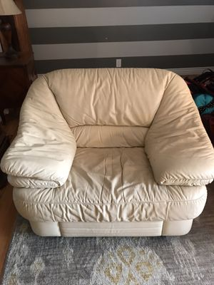 Sofa chair for Sale in Lakewood, CO