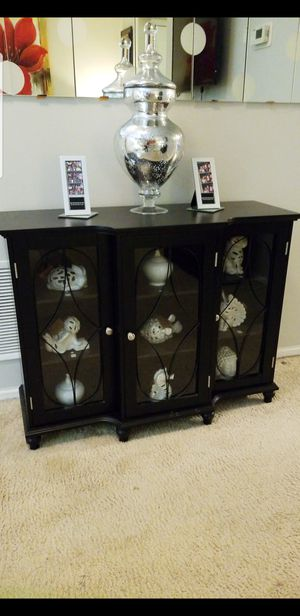 Console table for Sale in Beltsville, MD