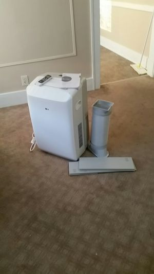 LG air conditioner for Sale in Detroit, MI