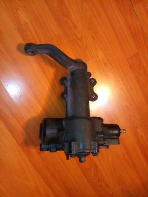 2007 through 2015 Jeep Wrangler steering gear. for Sale in Los Angeles, CA