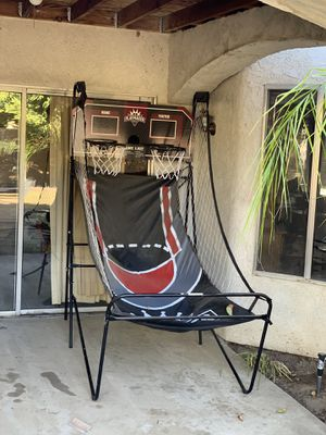 Basket ball game for Sale in Bakersfield, CA
