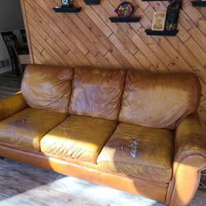 Leather Couch for Sale in Naperville, IL