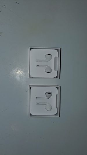 Apple Earbuds (wired)..BRAND NEW!!! for Sale in Philadelphia, PA