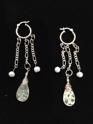 Very nice earrings for Sale in Port Orchard, WA