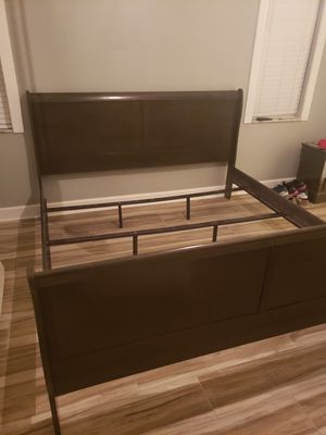 King Sleigh Bed for Sale in NEW PRT RCHY, FL