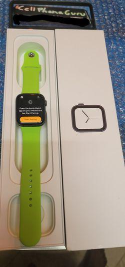 Series 4 Apple Watch 44mm Cellular LTE + GPS UNLOCKED for Sale in Phoenix,  AZ