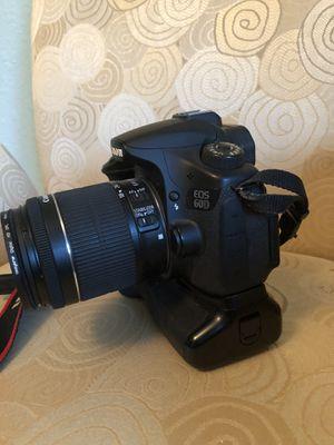 Canon EOS 60D bundle w 2 lenses for Sale in Saint Petersburg, FL