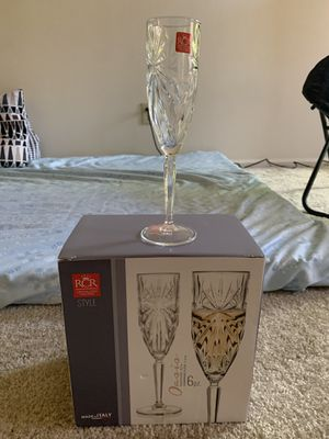 Unboxed 6 pc champagne flute for Sale in Webster Groves, MO