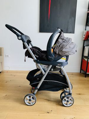 CHICCO - KeyFit Caddy - Car Seat Carrier Stroller for Sale in New York, NY