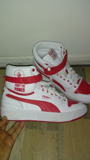 $125.00 EXCLUSIVE PUMA for Sale in Glenn Dale, MD