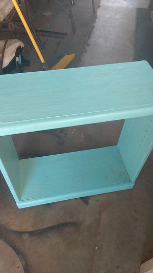 Small 2' Wood Shelf for Sale in Bakersfield, CA