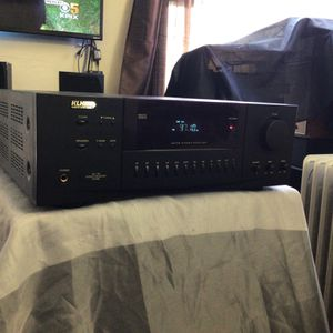 KLH Am/fm Stereo Receiver for Sale in Torrance, CA