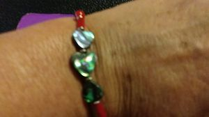 Sterling, petite and beautiful heart Abalone shells with coral. Sterling silver beads and clasp. 6 and 1/2 in. for Sale, used for sale  Palmetto, FL