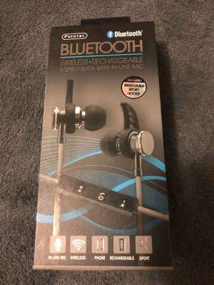 Wireless Bluetooth headphones with built in mic for Sale in Lake Stevens, WA