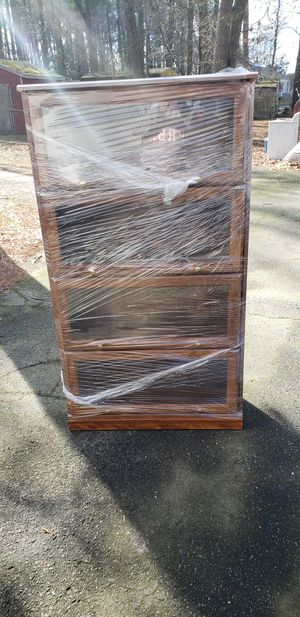Display case for Sale in Georgetown, DE