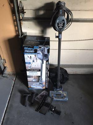 Shark Rocket UV422 DeluxePro Ultra Light upright vacuum for Sale in Orland Park, IL