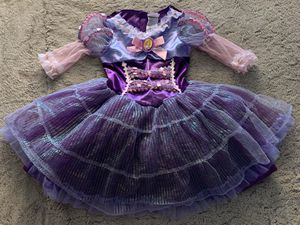 Disney Store Rapunzel Halloween Costume (3-4T) for Sale in Long Beach, CA