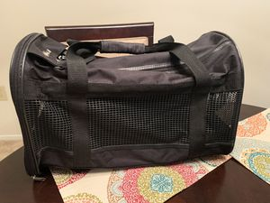 Brand New Pet Carrier Deluxe for Sale in Groton, CT