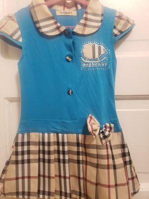 Vestido de burberry size L de niña for Sale in Los Angeles, CA