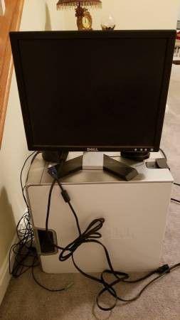 Dell Dimension E520 Desktop PC with 2 Monitors for Sale in Arlington, VA