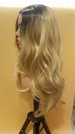 Long Blonde Wavy Wig for Sale in Hudson, FL
