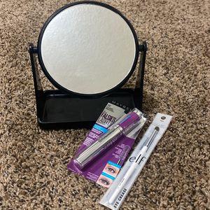 makeup bundle for Sale in Denver, CO