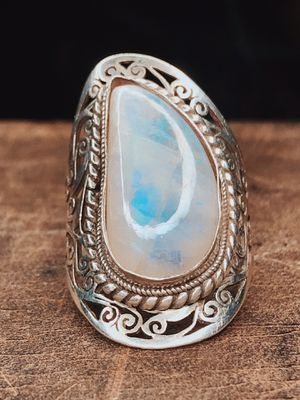 Moonstone Sterling Silver Filigree Knuckle Large Ring for Sale in San Francisco, CA
