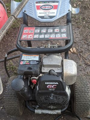 Simpson pressure washer with Honda motor for Sale in San Angelo, TX
