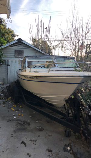 Boat need gone ASAP. Has no key. I GOT ALL PAPERWORK for Sale in Los Angeles, CA