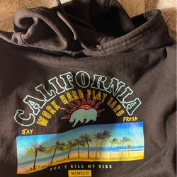 Fresh Laundry Calif Hoodie for Sale in Fresno,  CA