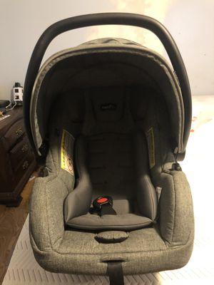 Evenflo safemax infant car seat for Sale in Jacksonville, FL