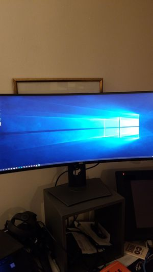 """Dell 32"""" Curved Monitor for Sale in Los Angeles, CA"""